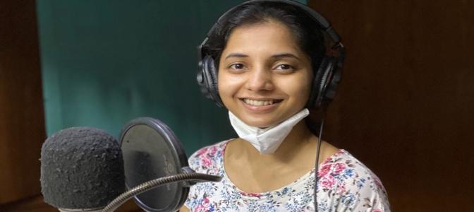 Sayali Sanjeev completes dubbing for GOSHTA EKA PAITHANICHI