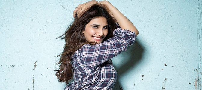 Pooja Entertainment ropes in Vaani Kapoor opposite Akshay Kumar in'Bellbottom'